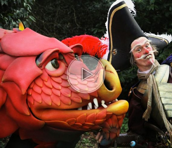 dragon, animation de rue, spectacle de rue, artiste dragon, aventure