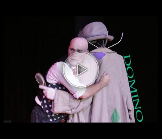 domino, clown, comedy silent clown, clown muée, spectacle de clown, clown show