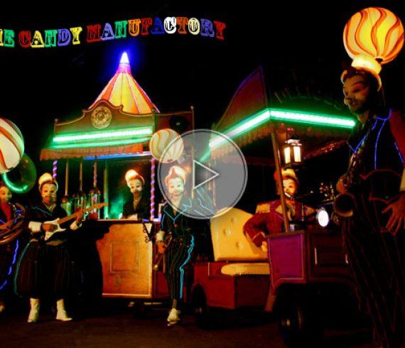 candy, bonbons, candy stilts walkers, light, music, musique, lumière, couleurs, colors