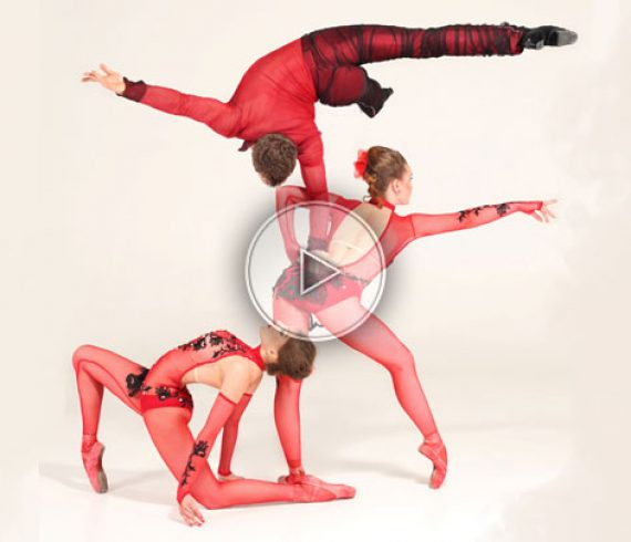 tango, handbalance troup, troup d'acrobates, acrobatic troup, latino
