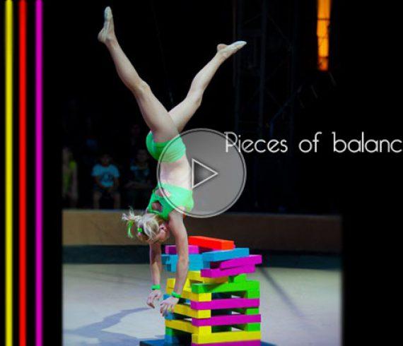 colors, colours, couleurs, pieces, équilibriste solo, solo handbalance