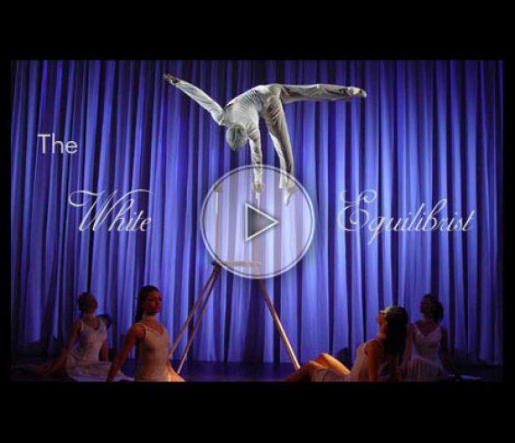 blanc, white, équilibriste, handstand