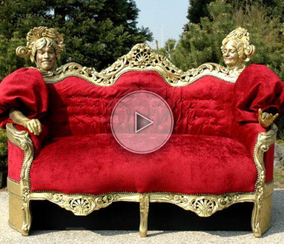 living couch, living sofa, canapé vivant, furniture, meubles, statues