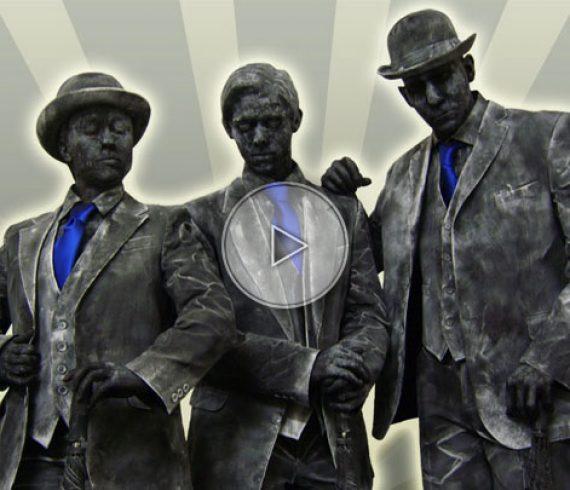 funny living statues, livingb statues, statues vivantes, statue vivante, bronze, metal, silver, or