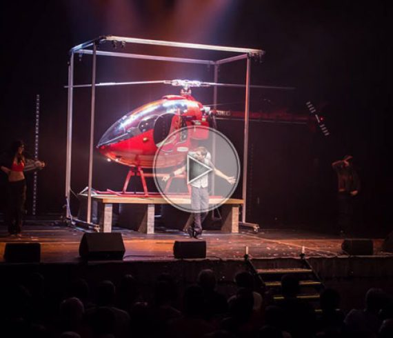 l'illusionniste avec hélicoptère, hélicoptère, illusions, illusionniste, grandes illusions