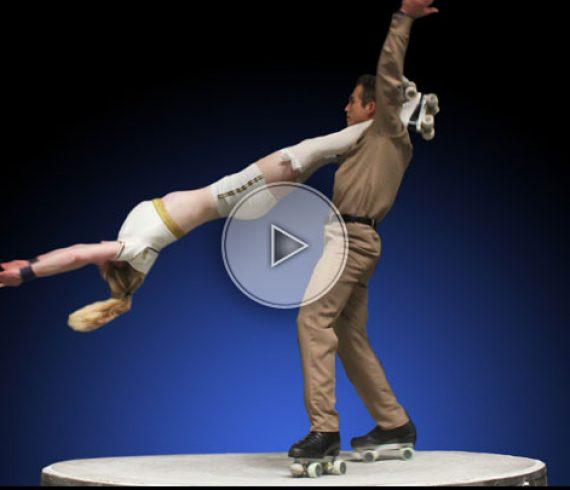 duo patin à roulettes, patins à roulettes, duo de rollers, rollers années 40, duo sur patins