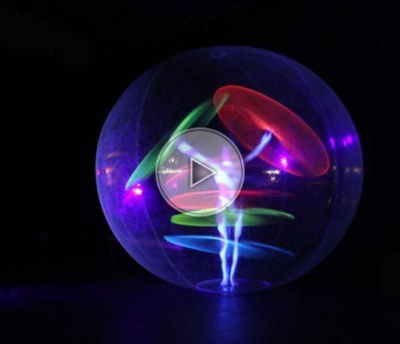 hula hop lumineux, hula hop dans bulle transparente, bulle transparante, hula dans bulle, LED hula hop, France