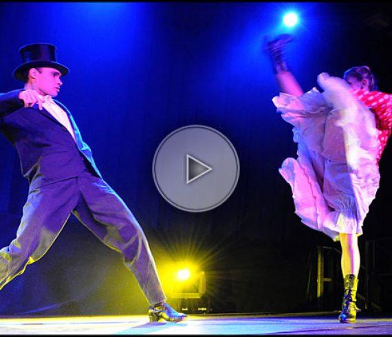 danseuses de cancan, danseuses de paris, cancan de paris, danseuses originales, paris, france, danseuses françaises