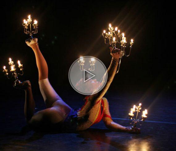 contorsionniste de feu, contorsion de feu, contorsionniste chandelier, feu