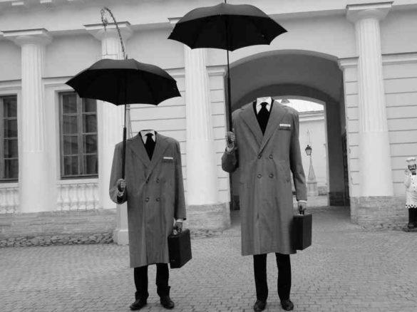 hommes invisibles, hommes sans tête, animation de rue, animation de centre, animation de ville