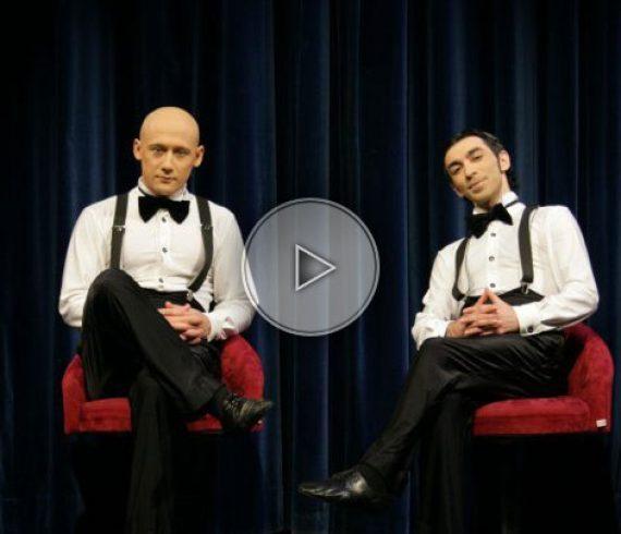 Duo comique acrobatique, duo d'acrobates comiques, acrobates comique, duo comique