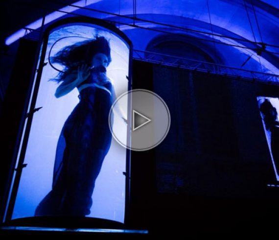 danseuses des abysses, danseuses tubes d'eau, tubes d'eau, tubes géants, eau,