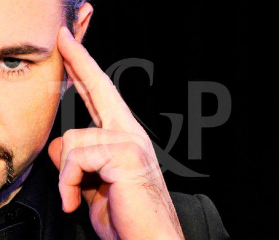 magie, magicien, magique, magie close up, magicien close up, evenement, performer, artiste, france