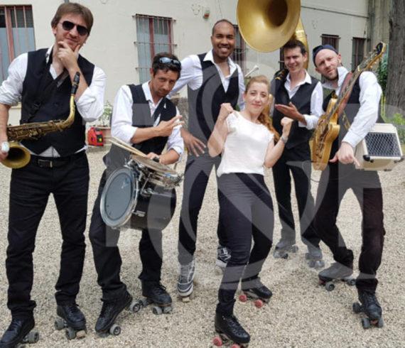jardin d'acclimatation, jardin de paris, acclimatation à paris, musique dans jardins, groupe de musique, musique à rollers, musique dans parcs, paris en musique