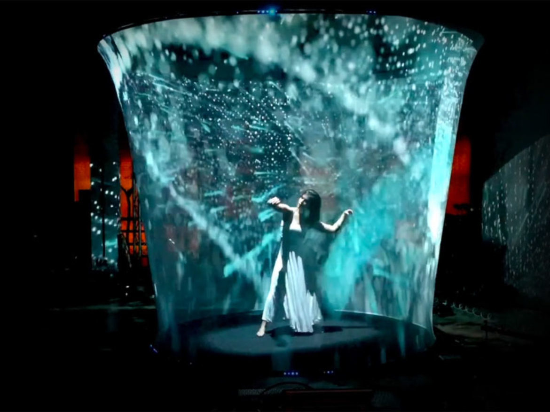 danse digitale, danse mapping digitale, spectacle hologrammes, spectacle futuriste, spectacle danse digitale, spectacle hologramme, spectacle danse hologramme
