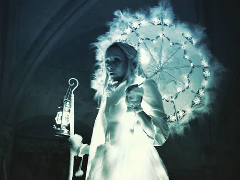 Elfe, elfes, led elfe, parade, parade lumineuse, spectacle lumière, déambulation lumière, déambulation LD, noël évènement, led évènement, évènement hiver, hiver, échassiers lumineux, échassiers led, échassiers de noel