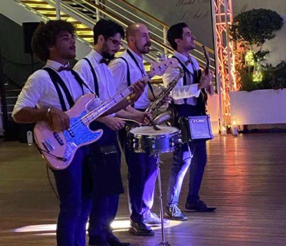 Groupe acoustique, groupe musical, quartet, cover, groupe musical nice, groupe musique Monaco, musiciens Monaco